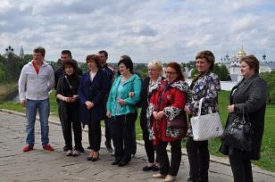 Делегация «Столицы Золотой хохломы» в Суздале.