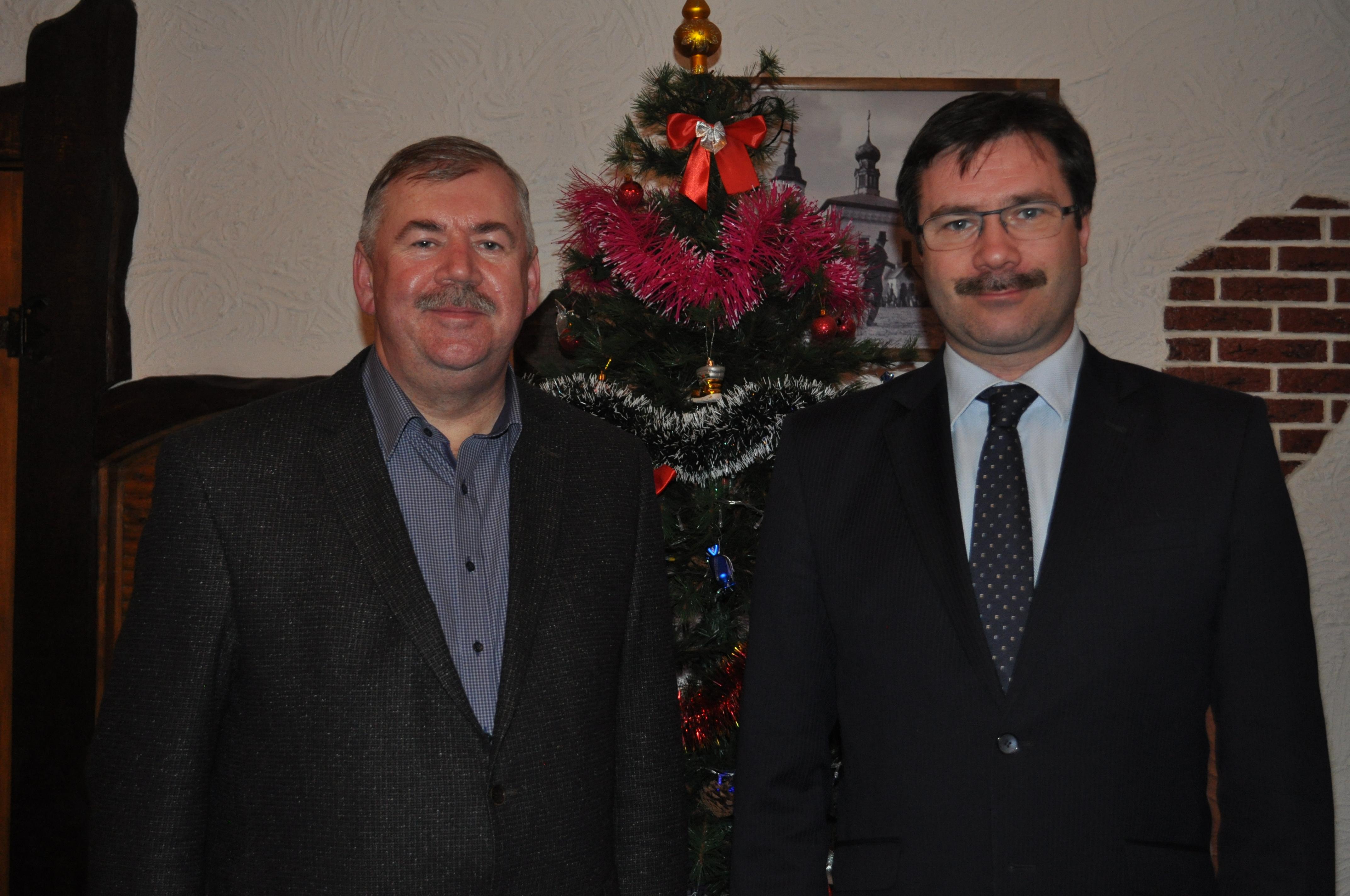 Поздравления с наступающими праздниками от главы города Суздаля Кехтера И.Э. и от главы администрации Сахарова С.В.